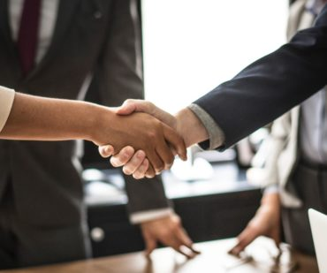 the 81 rules of handshake etiquette 370x309
