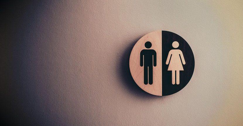 public toilet etiquette