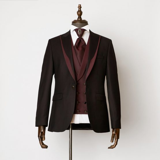 Hampton Black Burgundy 3 Piece Suit 1201 B2L 555x555