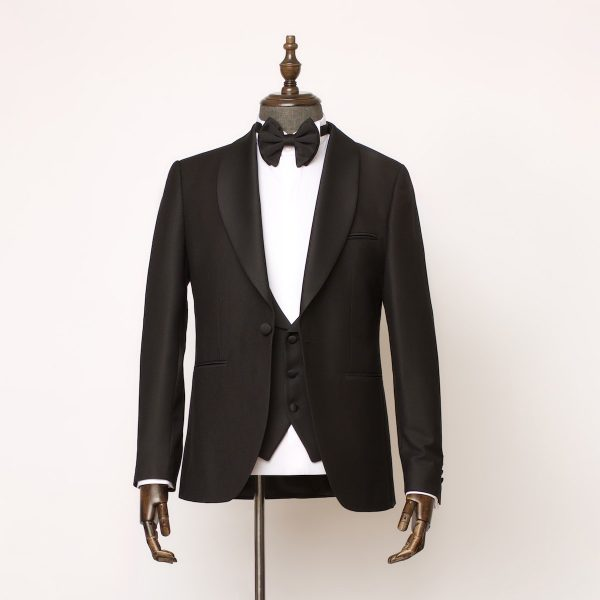 Barbican 3 Piece Black Tuxedo 1 600x600
